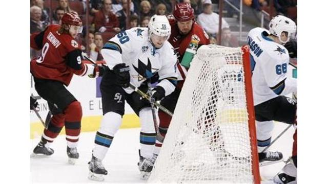 Martin Jones makes 23 saves in San Jose Sharks' 3-1 win over Arizona Coyotes
