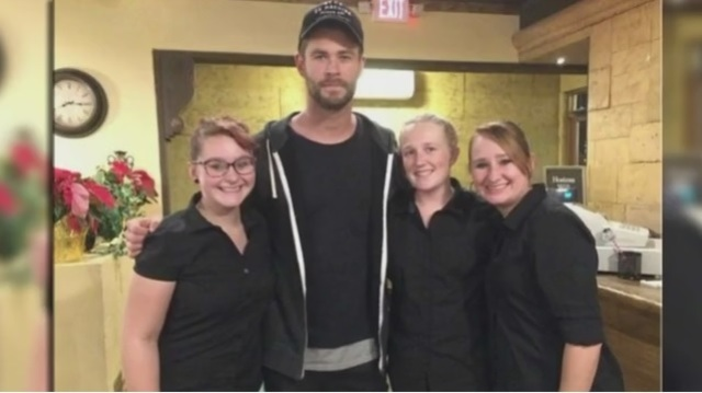 Chris Hemsworth visits New Mexico restaurant