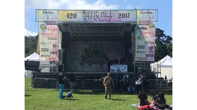 Thousands celebrate 4/20 on Hippie Hill