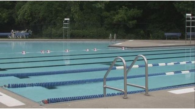Teen rescues 4-year-old on first day as a lifeguard
