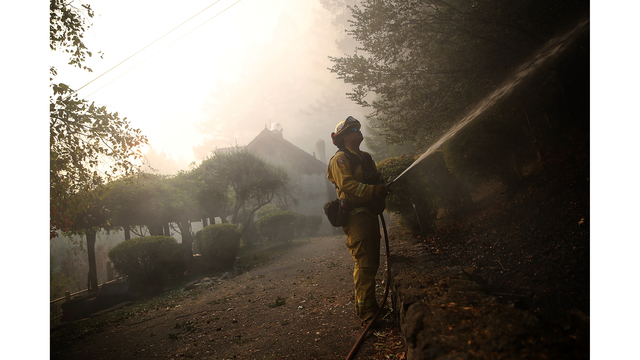 Multiple Wildfires Destroy Homes, Threaten California Wine Country_650022