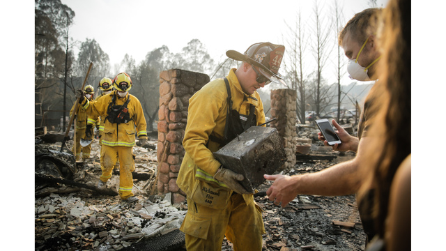 Multiple Wildfires Continue To Ravage California Wine Country_651591