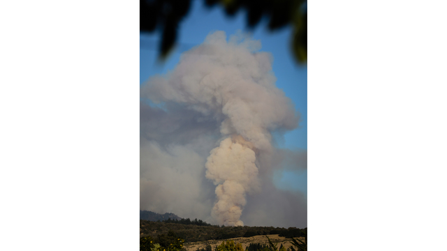 Multiple Wildfires Continue To Ravage California Wine Country_651660