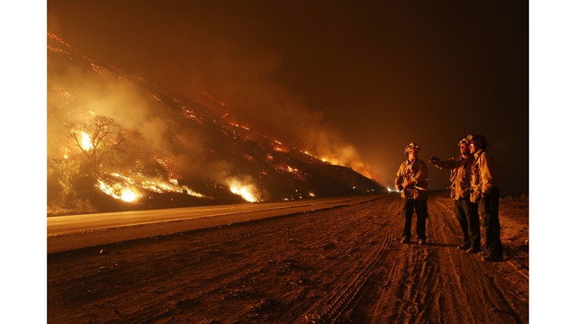 Southern California Wildfires Forces Thousands to Evacuate_683110