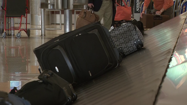 Flyers paid $1.2 billion in baggage fees last quarter