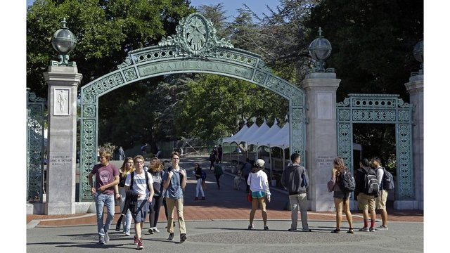 Police: Gunman steals student's laptop on UC Berkeley campus