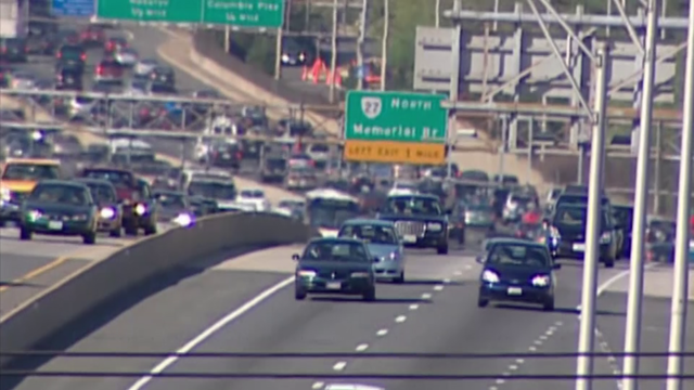 Study: Cruise control could solve traffic jams