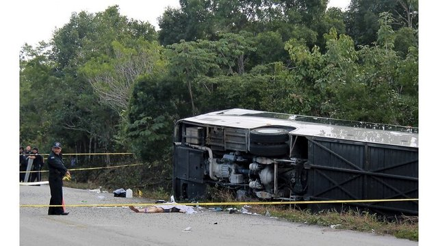 12 reported dead as bus carrying cruise ship passengers crashes in Mexico