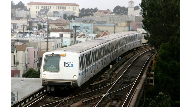 Fire between 24th, 16th Mission stations sparks major delays — BART