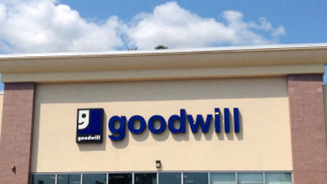 Internet praises Ga. mom for teaching her son a lesson at Goodwill