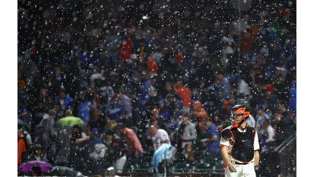 Giants-Dodgers postponed due to rain; 6th rainout in AT&T Park history